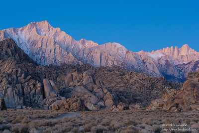 Alabama Hills in the early morning light - Lone Pine, CA, USA
