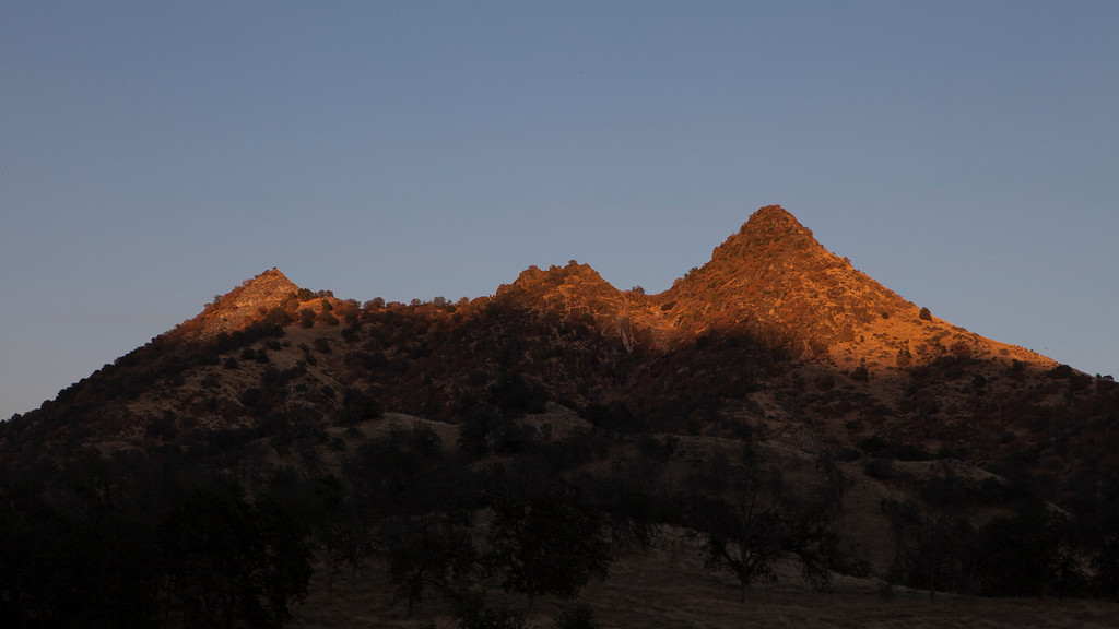 Sunset in the Foothills, Three Rivers