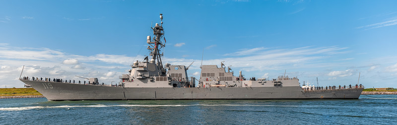 253.8 megapixel panorama of the USS Delbert D. Black (Arleigh Burke-class destroyer)