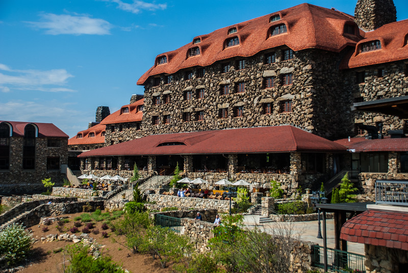 Grove Park Inn, whose guests include 10 US Presidents, Edison, Ford, MJ, William Shatner, F.Scott. Fitzgerald, Brubeck, Jolson, Houdini, Caruso, Helen Keller, Harvey Firestone... the list goes on, has become our spring retreat
