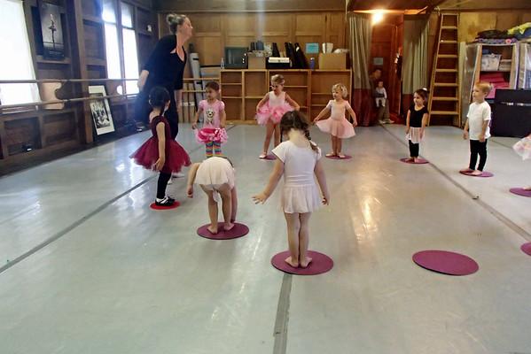 Alexandra's Ballet Class, Oct 2015