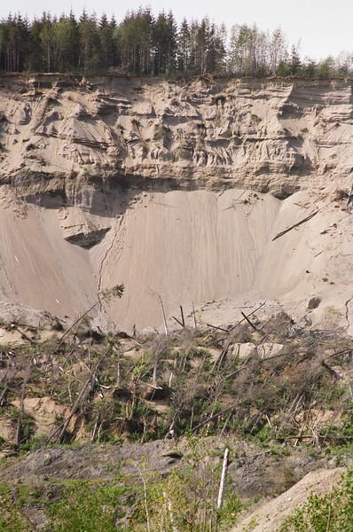 Landslide closeup, April 2016