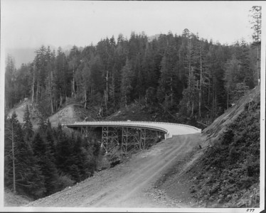 Sam Reed bridge just after completion, 1938. The bridge is paved, road is still gravel.