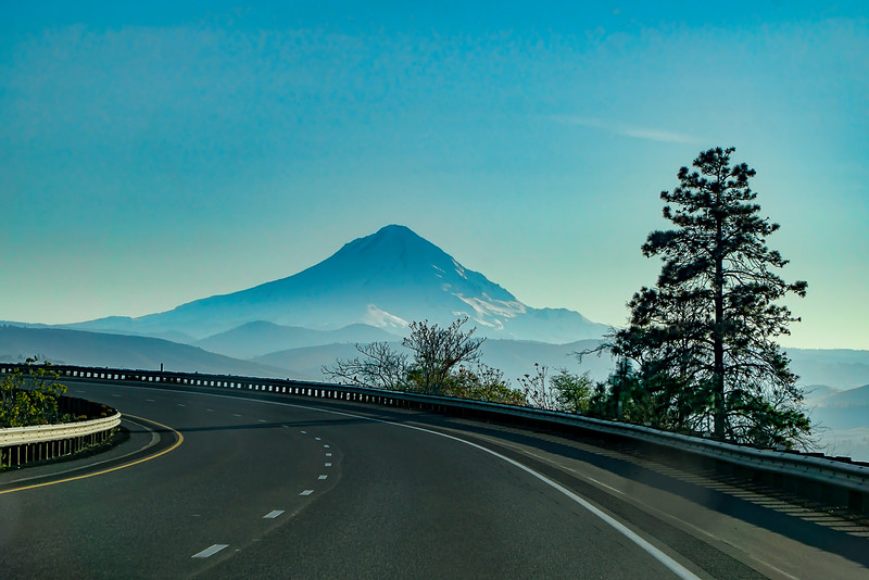 Mt. Hood, en route toward Portland