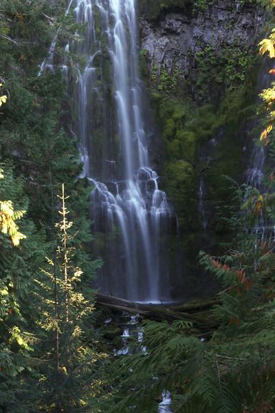 First attempt blurring waterfall via longer exposure.