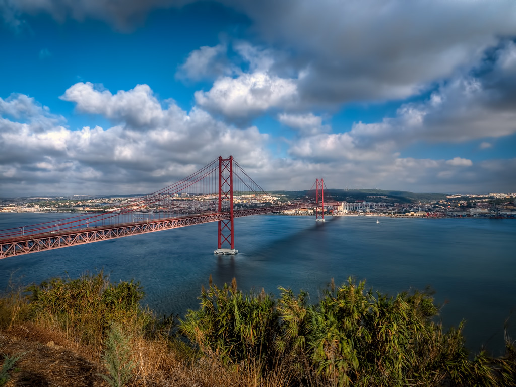 Lisbon Bridge, looks like the Golden Gate Bridge
