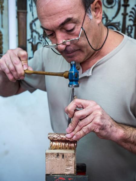 Decorative Arts Workshop tour in Lisbon