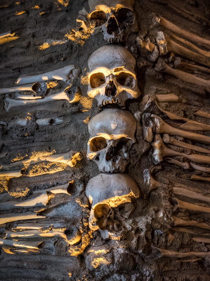 Bone Chapel, Erova
