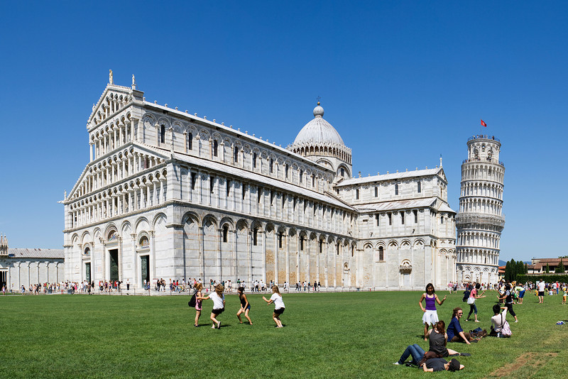 Duomo di Santa Maria Assunta and Torre pendente di Pisa, Pisa<br /> <br /> Four shot hand held panorama