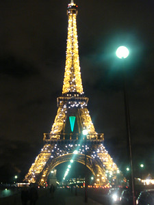 Eiffel tower 2.jpg