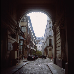 Residential alley in the Marais