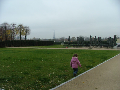 On our way from the Louvre to the Tuileries