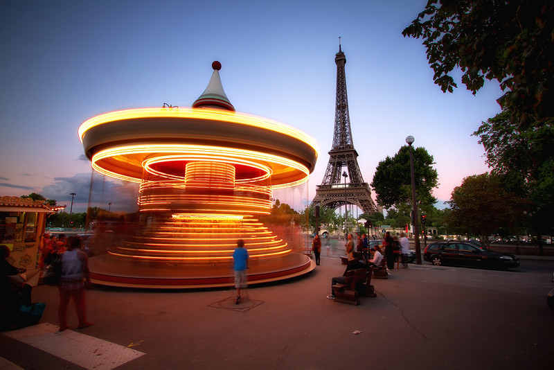 <H3>Carousel</H3>