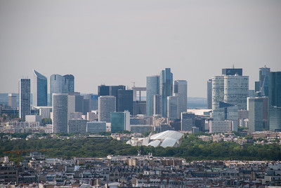 """La Défense"" business district"