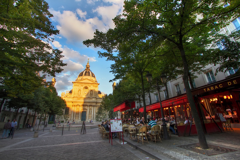 <H3>The streets of Latin Quarter</H3>