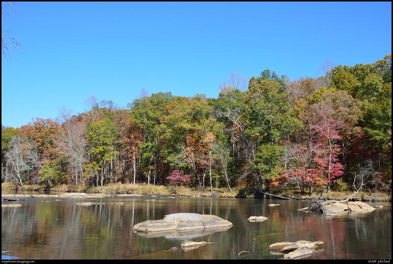 "(7Nov11)  sweetwater creek.  <a href=""http://carpelumen.smugmug.com/Photography/2010/November10/14468805_m7Thc3/2/1082172735_UDF6k/Medium"">one year ago.</a>  f/9, 1/250s, iso 320."