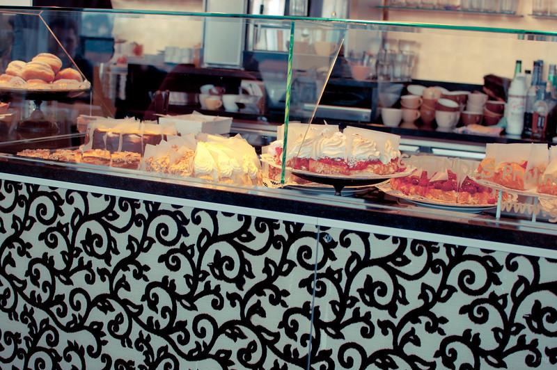 Im Cafe Diwan mit herrlichen Mehlspeisen und herrlichem Blick auf Passau