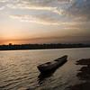 Canoa ao entardecer em Buba (Guiné-Bissau)