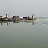 Pescadores no rio Casamansa. Vista do barco de Dakar para Ziguinchor (Senagal)