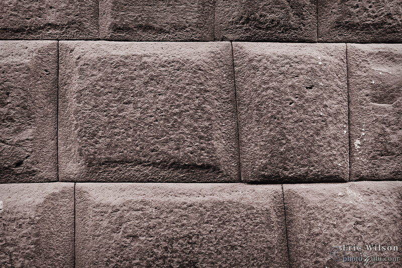 """Part of the old Inca Wall in central Cusco.&nbsp;<br><br><span class=""""subcaption"""">(To be certain, I tried and indeed could not fit a piece of paper between the stones.)</span>"""