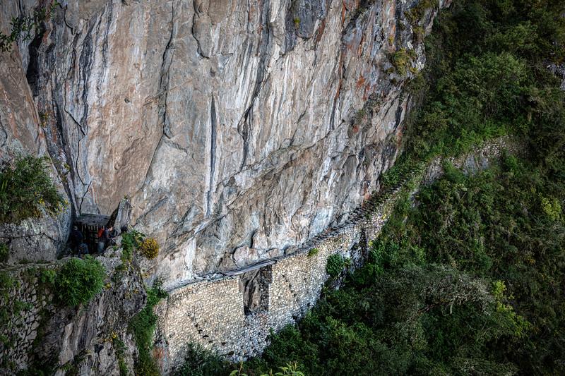 Machu Picchu - walk to Inca Bridge-6742.jpg