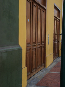 A few doors in Lima