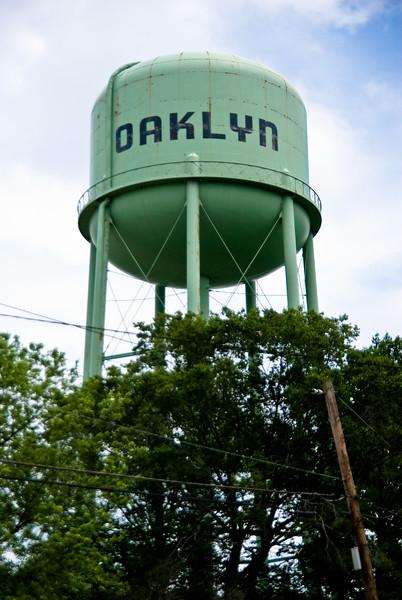 Water tower in Oaklyn, NJ