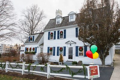 "This house on Leyden  St. is a Plymouth landmark with a tablet issued by the Commenwealth of Massachusetts marking it as ""The Site of the First House Built by the Pilgrims.""  A perfect choice as  House #1 on the 13th Annual Pilgrim Hall Museum Holiday House Tour. Wicked Local Photo/Denise Maccaferri"