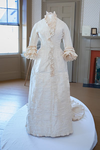 Antiqurian Wedding Dress-0407