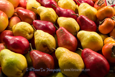 Red & Green Anjou Pears