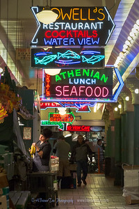 Neons Signs of Pike Place Market