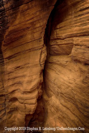 Walls of Canyon x _H1R6018