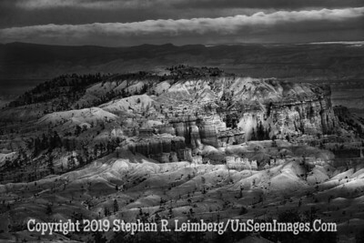 Bryce at Sunrise B&W _H1R5557