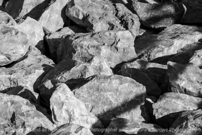 stones-clive-15sep15-18x12-003-bw-5102