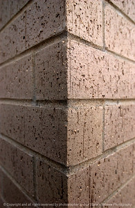 015-brick_wall-clive-03oct04-5560