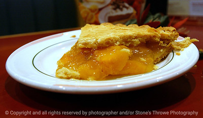 015-peach_pie-clive-16may05-c1-7488