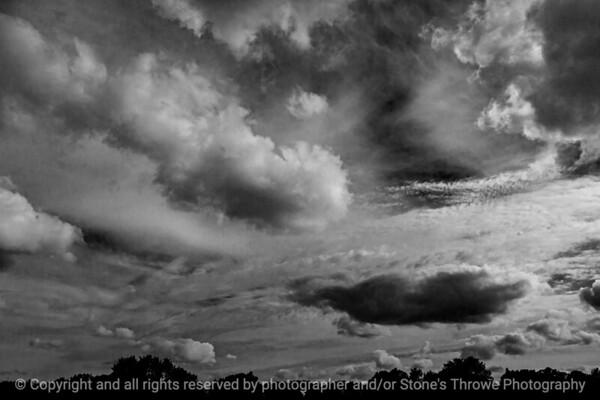 015-skyscape-ankeny-24aug19-12x08-008-350-bw-2989