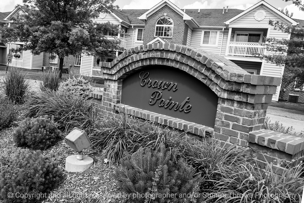 015-apartment_campus-wdsm-06jun14-003-bw-8203