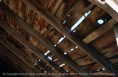015-barn_detail-waukee-06nov04-6001