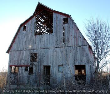 015-barn-van_meter-06nov04-c1-ff10-6030