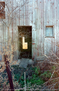 015-barn_detail-van_meter-06nov04-6029