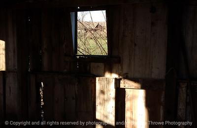 015-barn_detail-van_meter-06nov04-6047