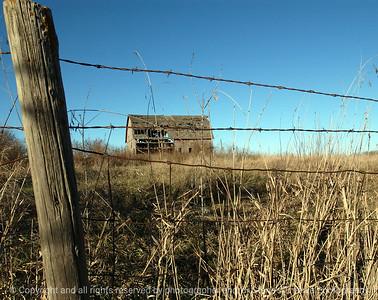 015-barn-van_meter-06nov04-c2-6020