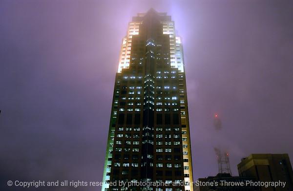 015-skyscraper_801_grand-dsm-13feb05-6546
