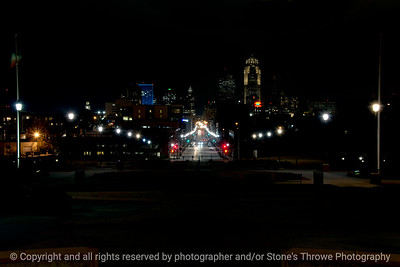 015-cityscape_night-dsm-23jan17-12x08-008-350-7376