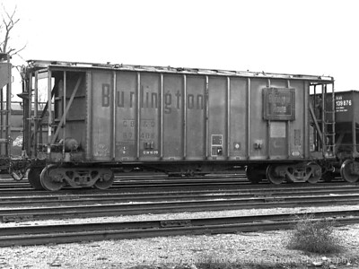 015-railroad_car-dsm-28nov82-002-bw-2002