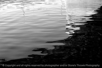 015-reflection-dsm-25sep12-003-bw-8395