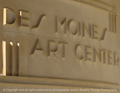 015-sign_art_center-dsm-30sep08-wvr-0557