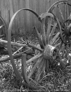 015-wagon_wheels-urbandale-13sep07-c1-cvr-bw-1362