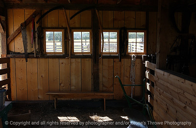 015-barn_detail-urbandale-05jul05-7937
